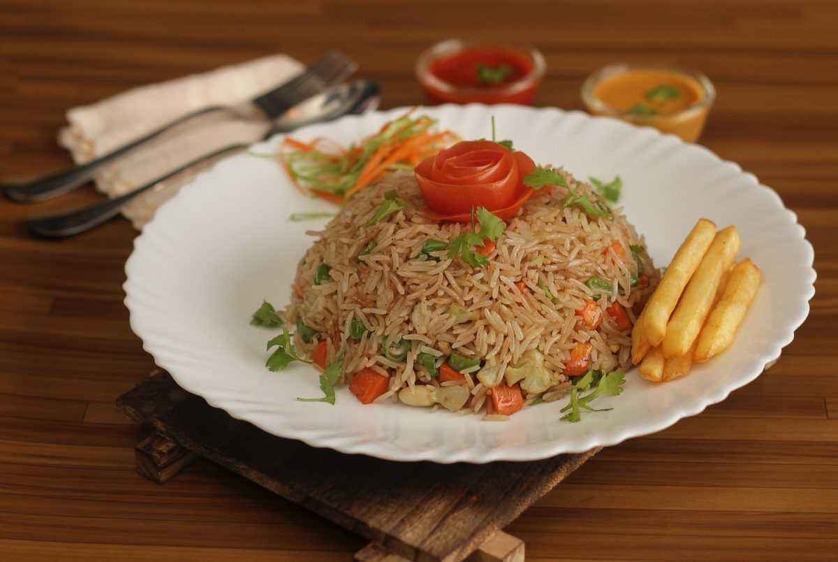 cara membuat nasi goreng sederhana di rumah