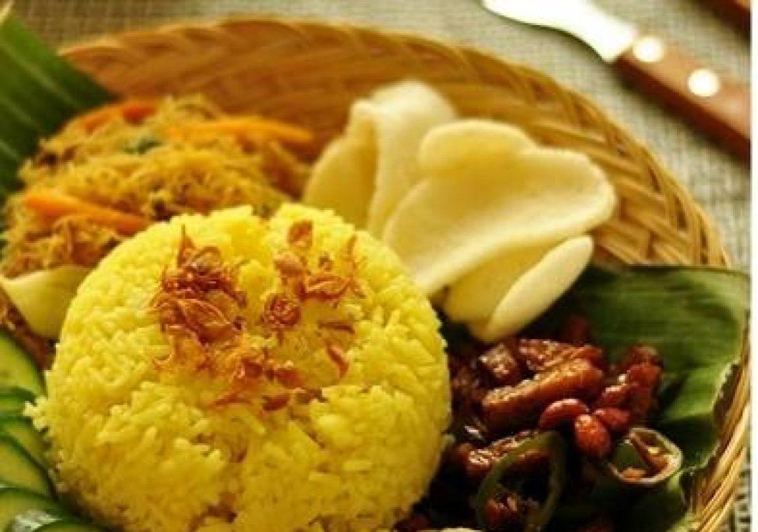 cara membuat nasi kuning magic com