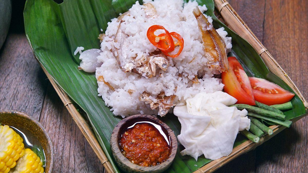 cara membuat nasi liwet sunda tanpa santan