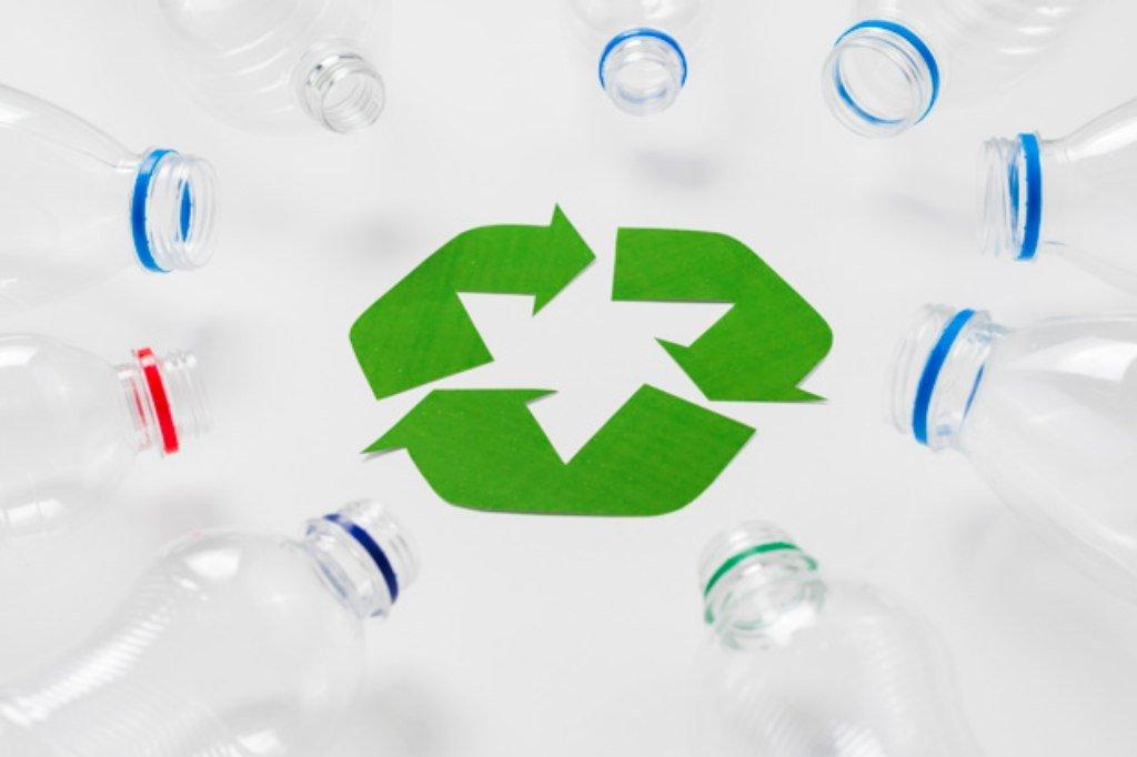 Mendaur ulang botol