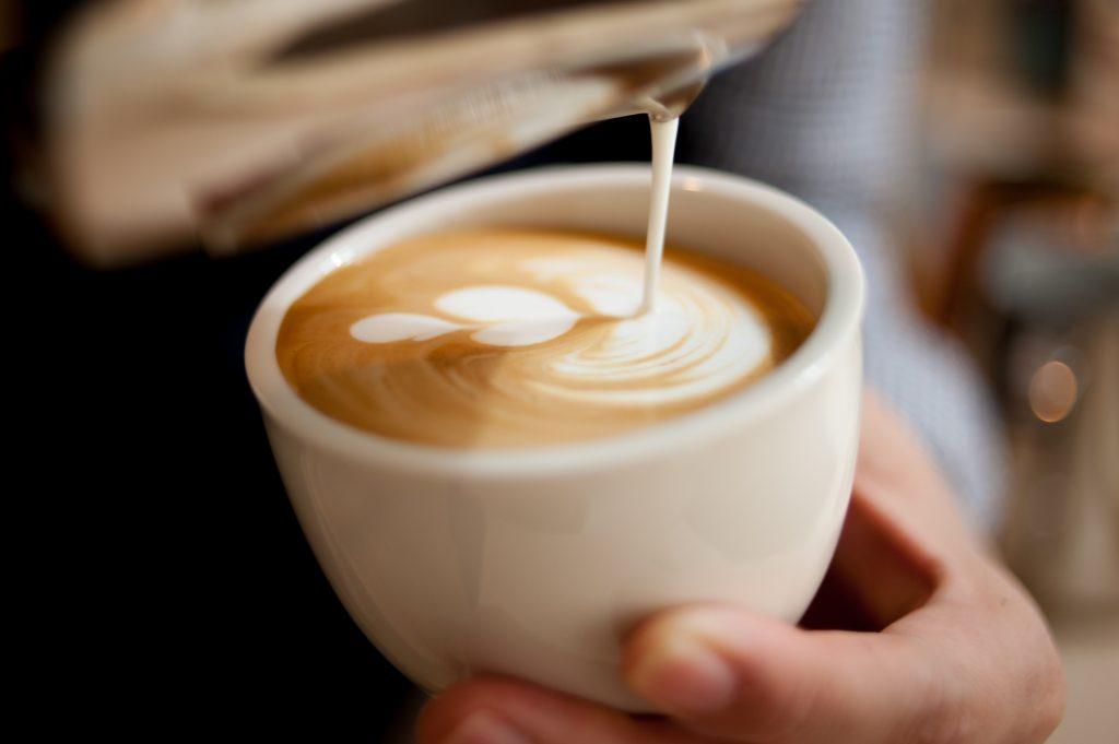 Kopi Latte Ala Cafe